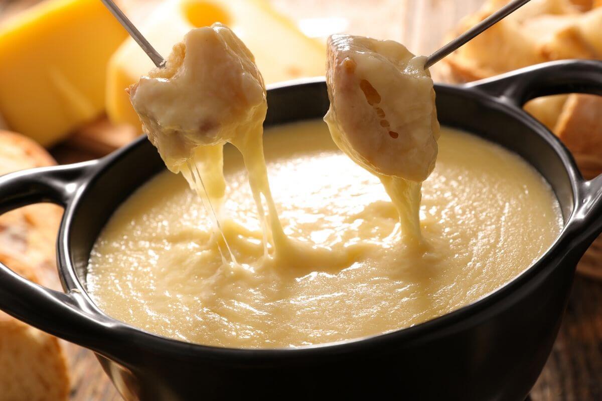 פונדו גבינות