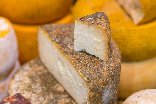 גבינת פוקרינו